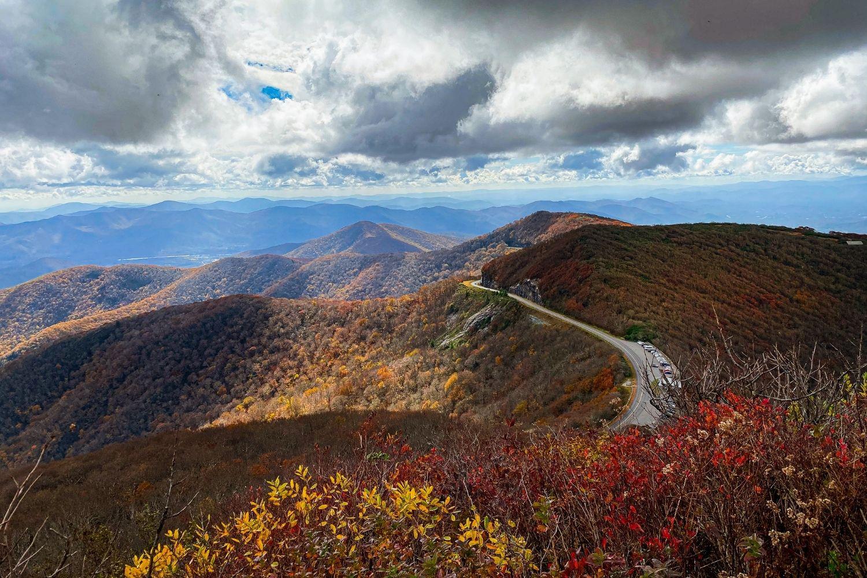 Craggy-Pinnacle-Trail