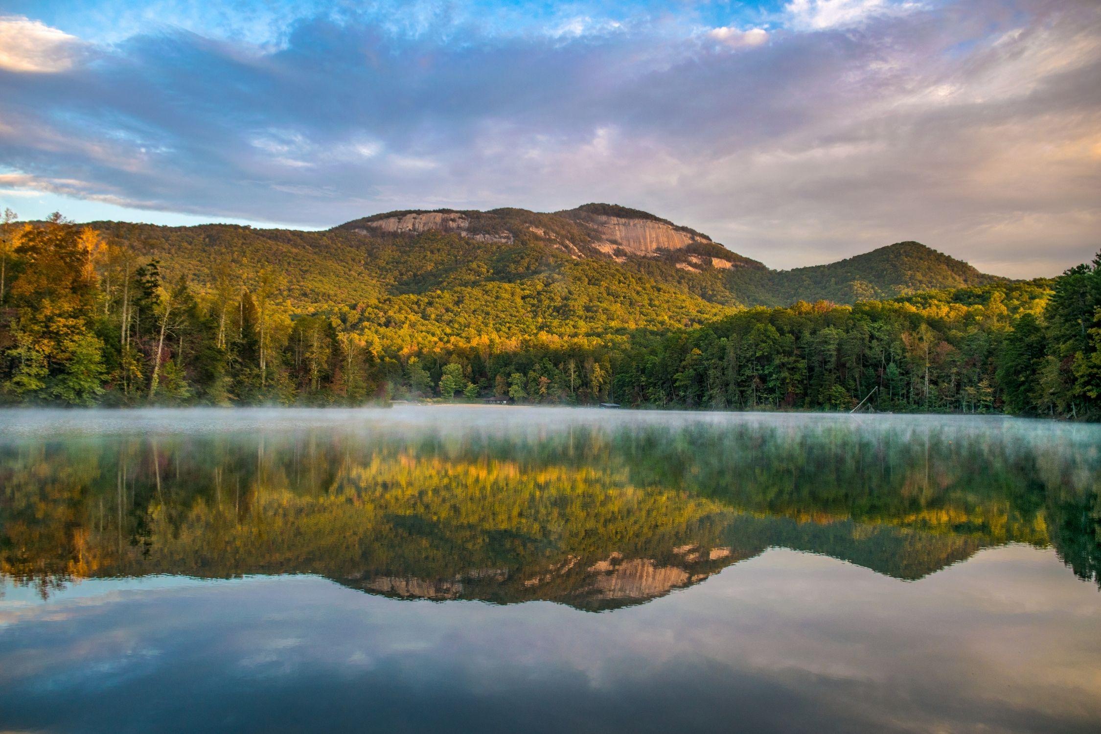 Lake Pinnacle