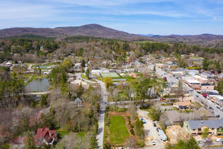 Downtown Blowing Rock
